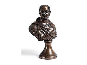 Detail images:  Kleine Cäsarenbüste in Bronze