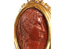 Detail images: Ovale Reliefplakette mit Cäsarenbildnis