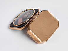 Detail images: Elegante Golddose mit Miniaturportrait Napoleons