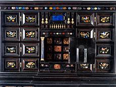 Detail images: Italienischer Prunk-Kabinettschrank mit Pietra dura-Einlagen