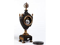 Detail images: Französische Kaminuhr in Bronze und Feuervergoldung