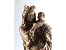 Detail images: Bedeutende Marmorfigur einer Madonna mit Kind