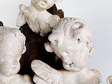 Detail images: Vier geflügelte Engelsköpfe