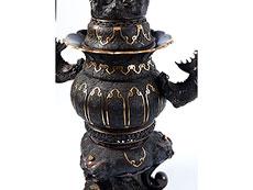 Detail images: Monumentaler Bronze-Koro