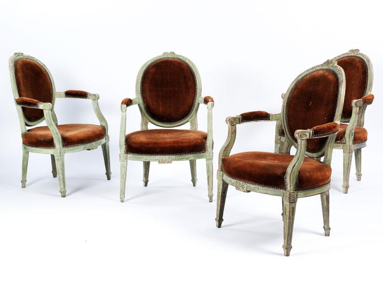 vier louis xvi sessel hampel fine art auctions. Black Bedroom Furniture Sets. Home Design Ideas