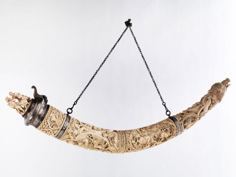 Großes Elfenbein-Horn