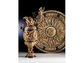 Bedeutendes Historismus-Elfenbeinensemble einer Prunkkanne mit dazugehöriger Beckenschale