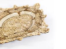 Detailabbildung: Große, prächtige Schauplatte in Elfenbein