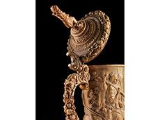Detail images: Elfenbein-Deckelhumpen