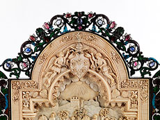 Detail images: Bedeutendes Triptychon in Elfenbein, Silber, Email und Steinbesatz, dem Thema des römischen Kaisers Marc Aurel, 121 - 180 n. Chr., gewidmet