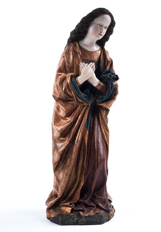 Schnitzfigur einer gotischen Heiligen