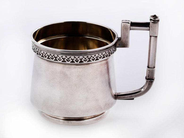 Teeglasbehälter