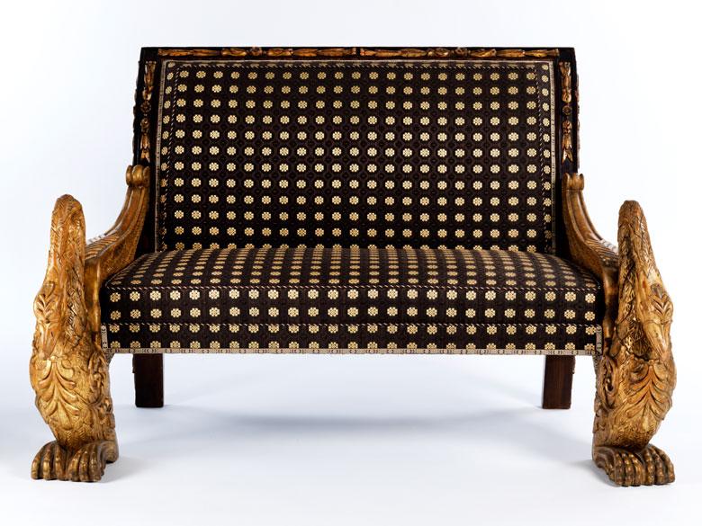 Imposante sitzgruppe des 19 jahrhunderts mit plastischen for Sessel 19 jahrhundert