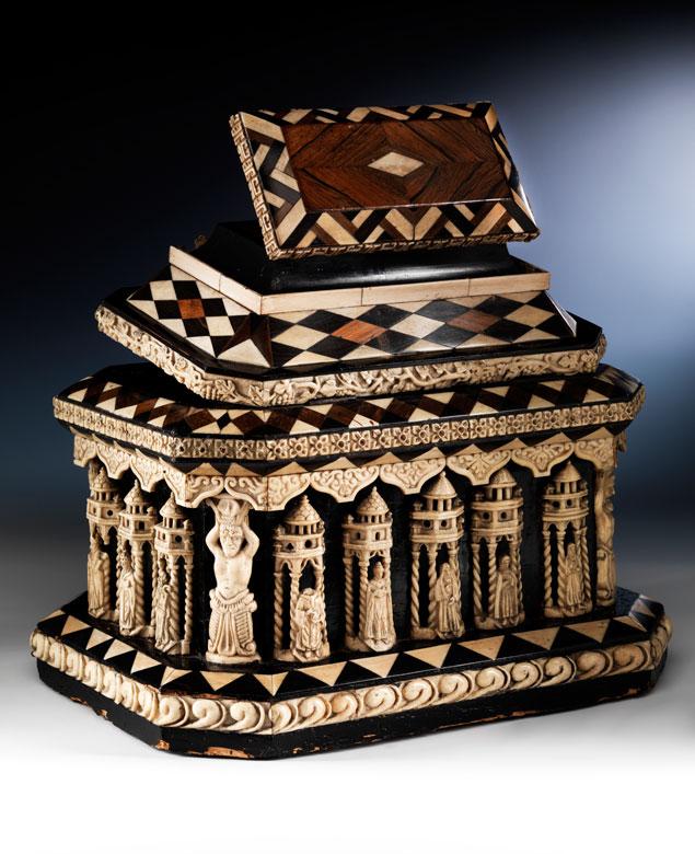 Großer Elfenbeinkasten in der Traditionsnachfolge der Embriachi-Werkstatt