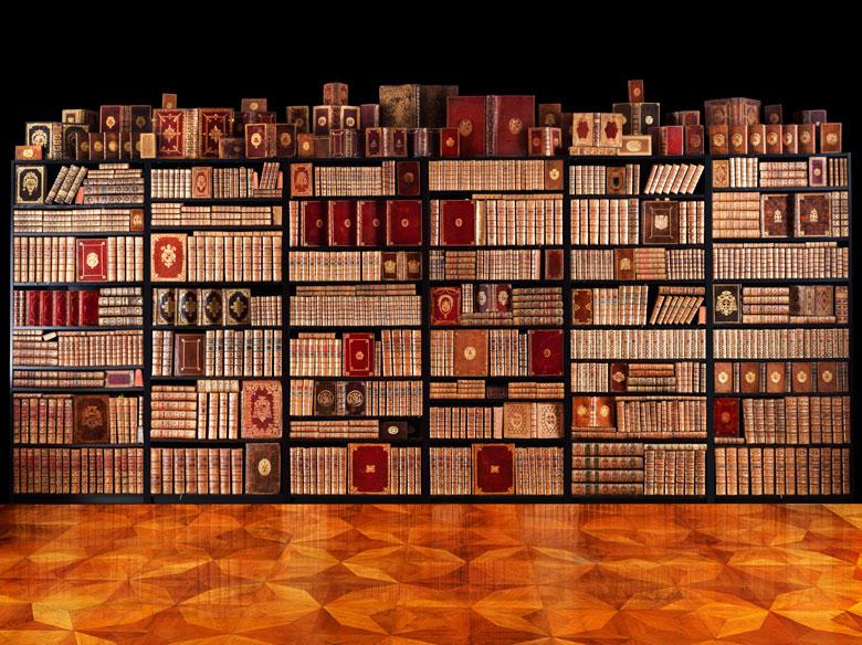 Eine dekorative Bibliothek mit mehr als 900 prächtigen Einbänden des 17. und 18. Jahrhunderts A decorative library with more than 900 sumptuously bound books from the 17th and 18th centuries