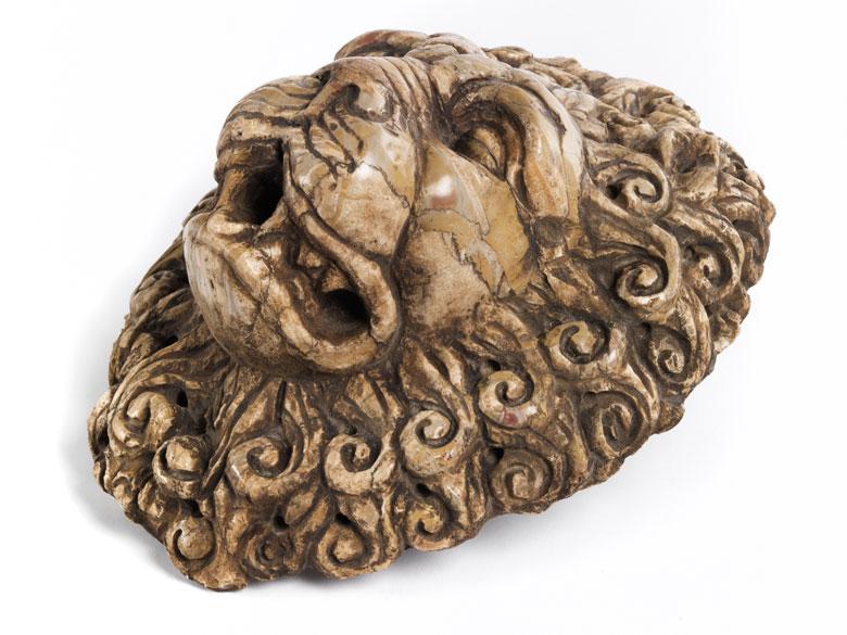 Brunnenmaske im Barockstil