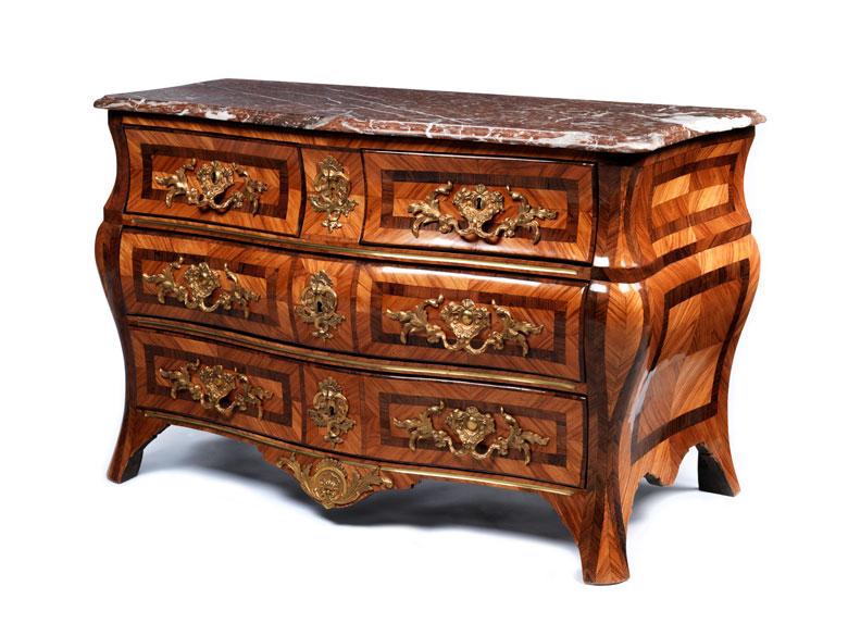 Elegante, höfische Barock-Kommode des 18. Jahrhunderts