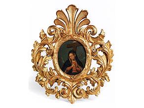 Kleiner, ovaler, geschnitzter, gefasster und ganz vergoldeter Rahmen