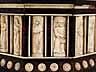 Detail images: Holzkästchen mit reicher Elfenbein- bzw. Beindekoration