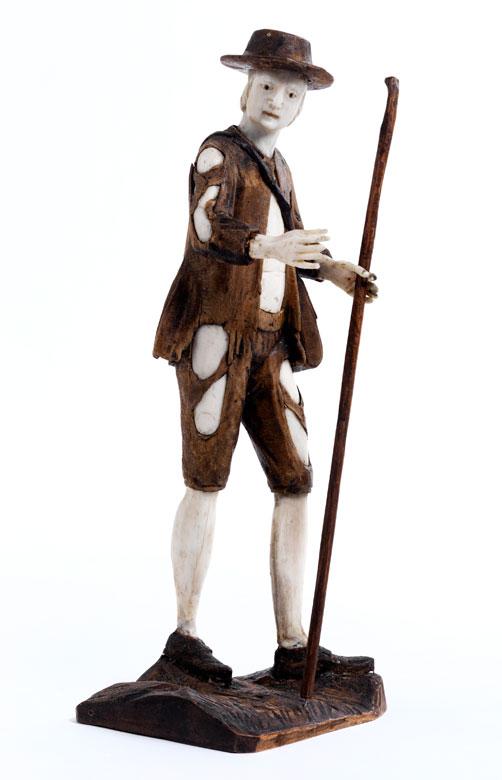 Schnitzfigur eines jungen Schäfers in Art von Simon Troger
