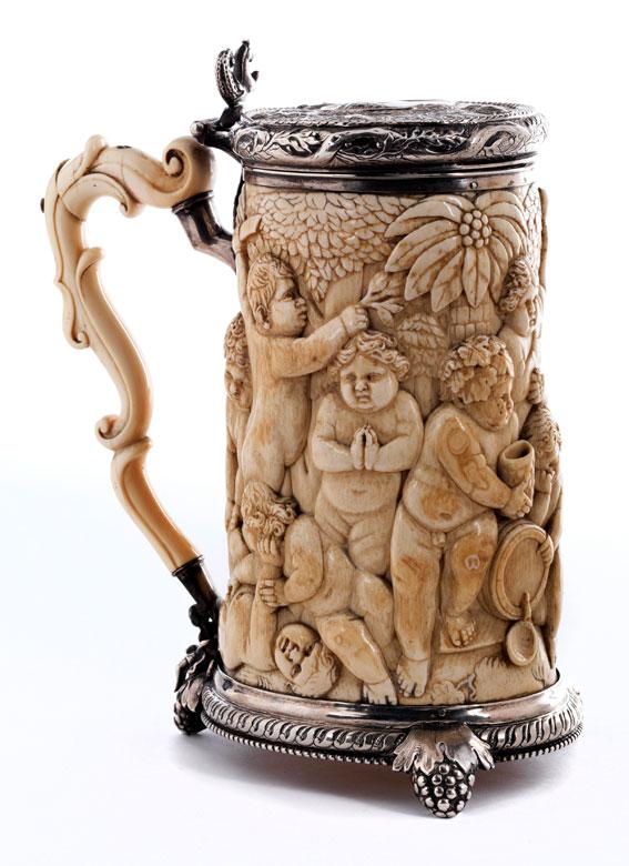 Bedeutender Elfenbeinhumpen von Johann Georg Kern oder Johann Jacob Betzoldt
