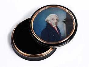 Runde Schildpattdose mit Miniaturportrait