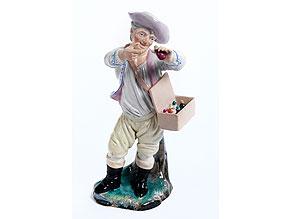 Steingutfigur eines Quacksalbers (Theriakverkäufer)
