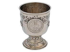 Silberner Münzpokal mit Dritteltaler des Hauses Stolberg