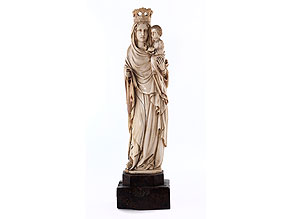 Madonnenfigur in Elfenbein