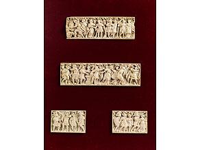 Satz von vier zusammengehörigen Elfenbein-Schnitztafeln