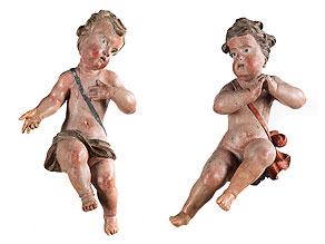 Paar geschnitzte und gefasste Engelsfiguren