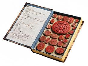 Sammlung von antiken Kameenabgüssen (Daktylothek) in Buchform