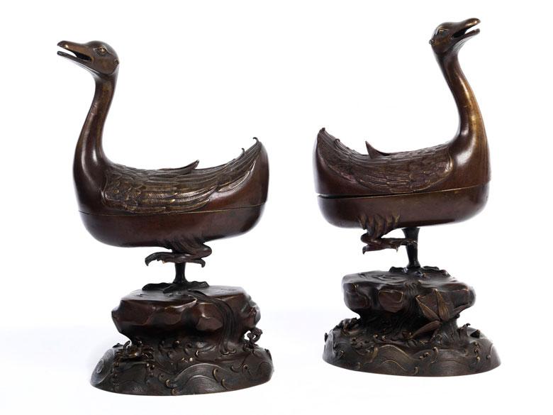 Paar chinesische Weihrauch-Brennschalen in Entenform