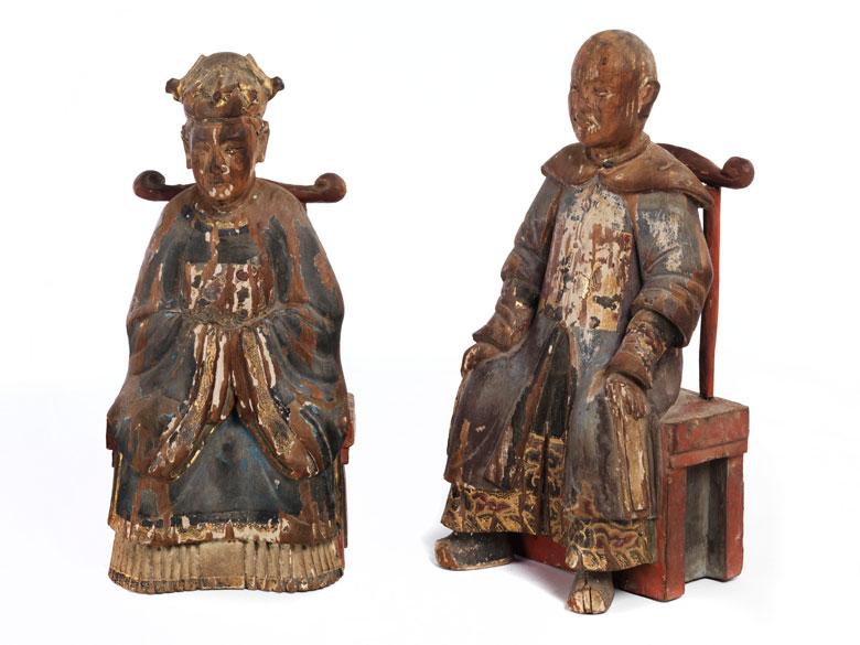 Paar geschnitzte Holzfiguren