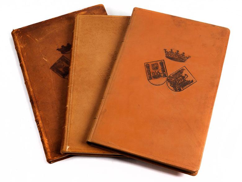 † Drei ledergebundene Faksimilebände des spanischen, botanischen Werkes