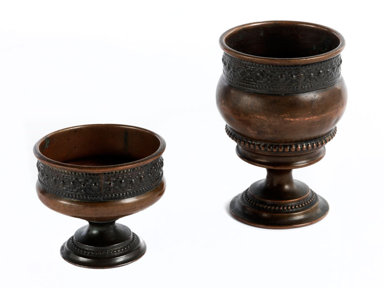 Zwei zusammengehörige Kupfergefäße