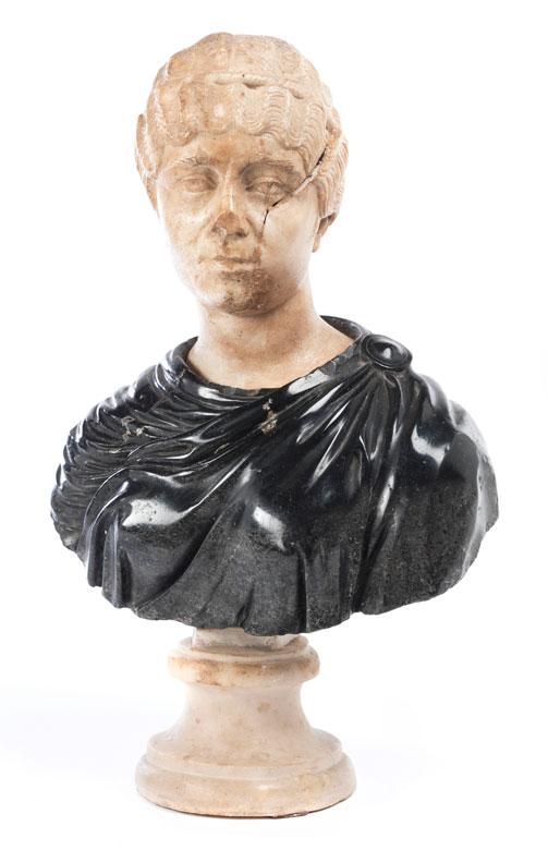 Marmorbüste einer Römerin