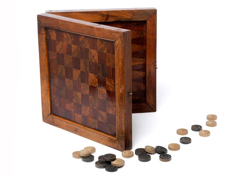Schachbrettkasten