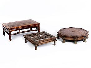 Konvolut von drei niedrigen Tischen