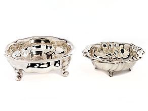 Zwei Silberschalen