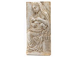 Marmor-Reliefplatte mit Darstellung einer Maria lactans