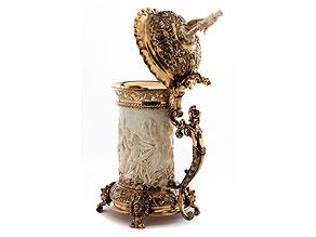 Feiner, dekorativer Elfenbeinhumpen