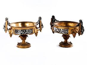 Paar klassizistische Tafelaufsatzschalen in Bronzevergoldung sowie teilversilbert