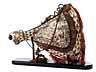 Detail images: Außerordentlich großes Pulverhorn in Bein