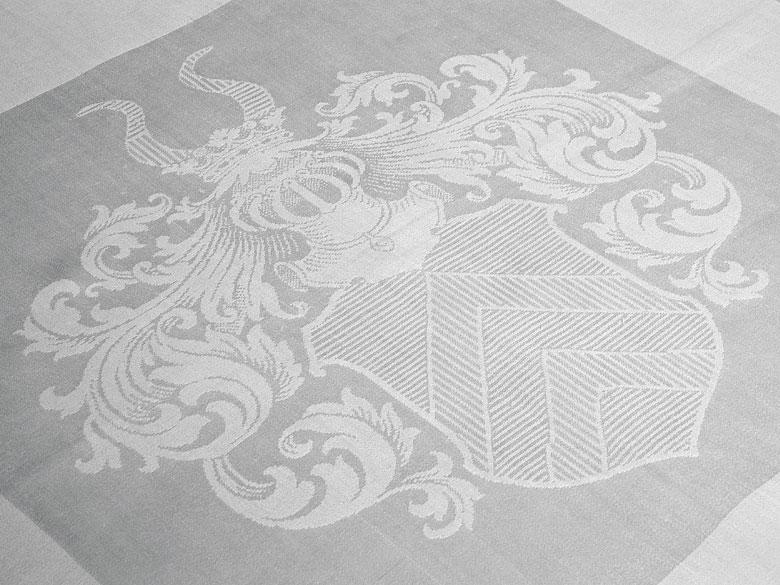 Sechs Mundtücher mit Wappen der Herren v. Breitenbuch