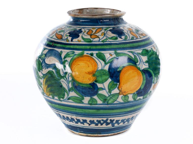 Seltene Majolika-Vase