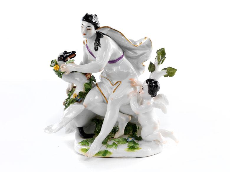 Meissener Porzellanfigurengruppe Leda und der Schwan