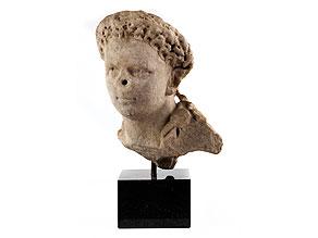 Marmorkopf eines jugendlichen Römers