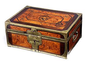 Musealer Schatullen-Kasten