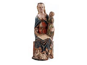 Schnitzfigur einer Madonna mit Kind